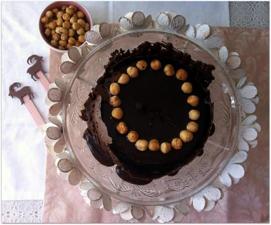Tarta de nutella, nocilla o crema de chocolate con avellanas