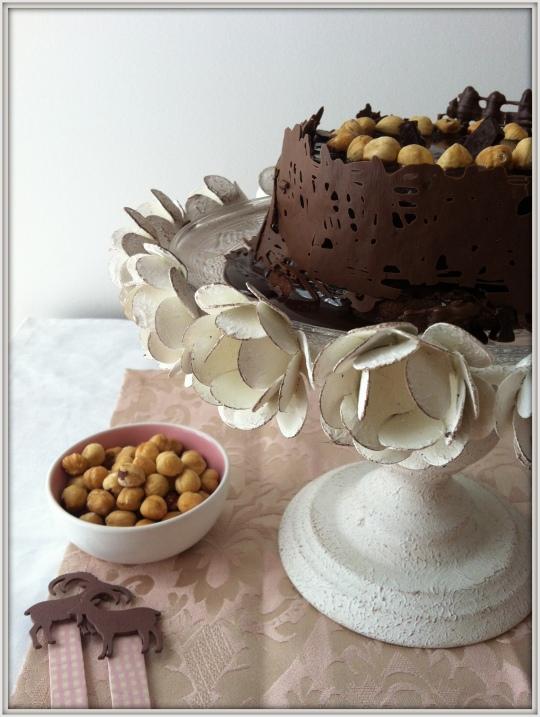 Tarta de chocolate con avellanas,nocilla o nutella