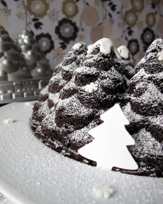 Bundt chocolate pinos nevados