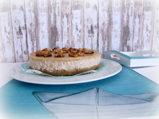 Tarta de queso con nueces caramelizadas