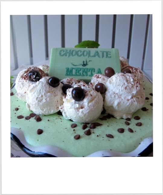 Tarta de chocolate-menta y nata