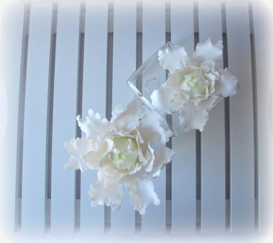 Peonía cerrada de pasta de flores