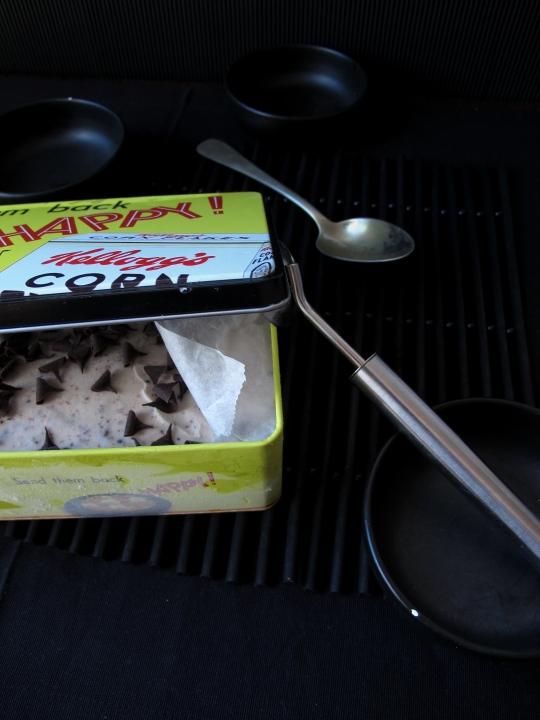 helado casero de plátano y chocolate