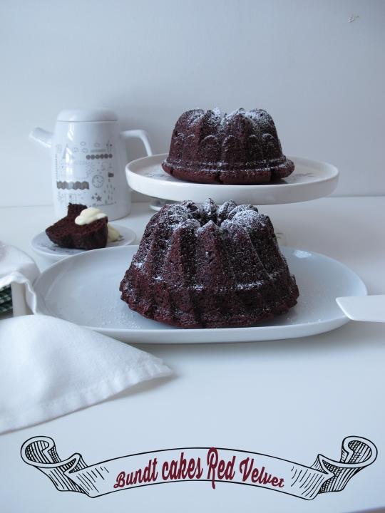 Bundt Cake Red Velvet con crema de queso