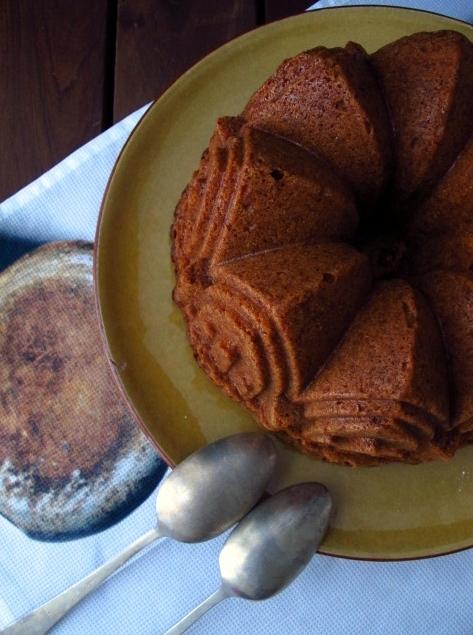 Bundt cake de turrón de Jijona