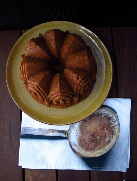 Bundt cake de turrón jijona